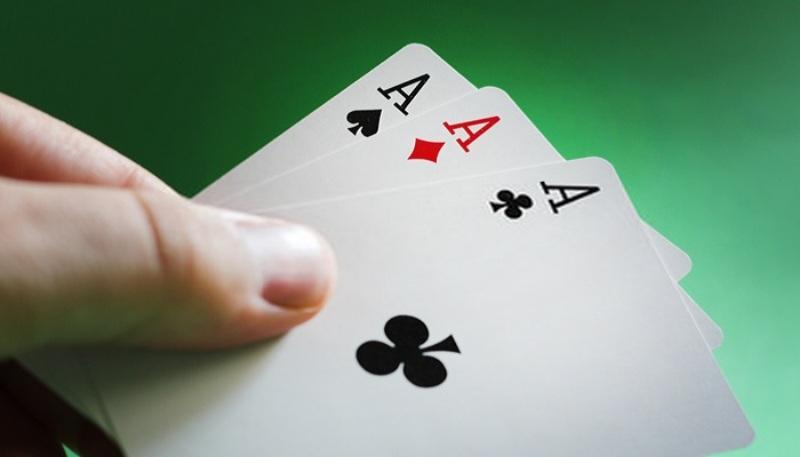 Một trong những mẹo chơi bài cào đầu tiên mà bạn cần phải nắm vững chính là tính cẩn thận